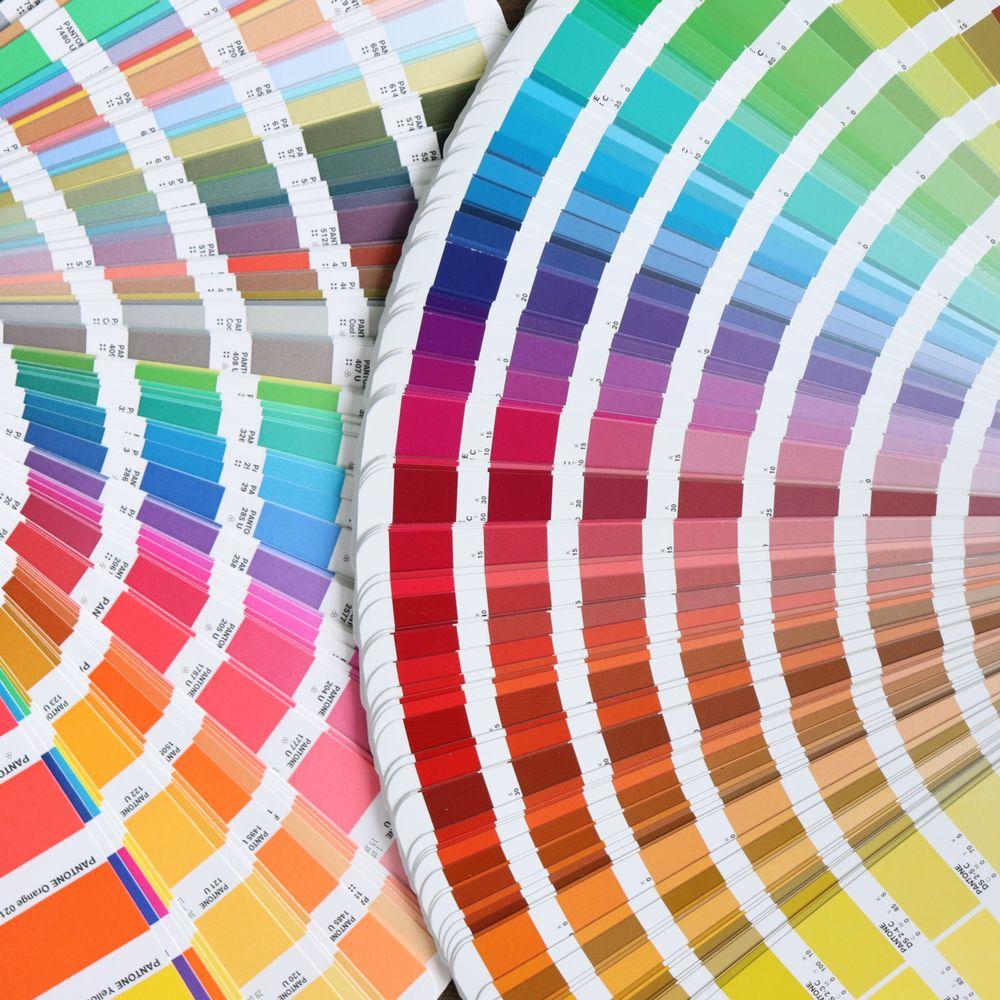 僕たちは、その色に何を期待するのか
